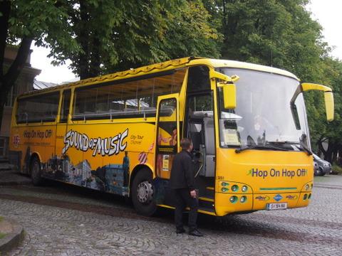 P8304309-001.JPG